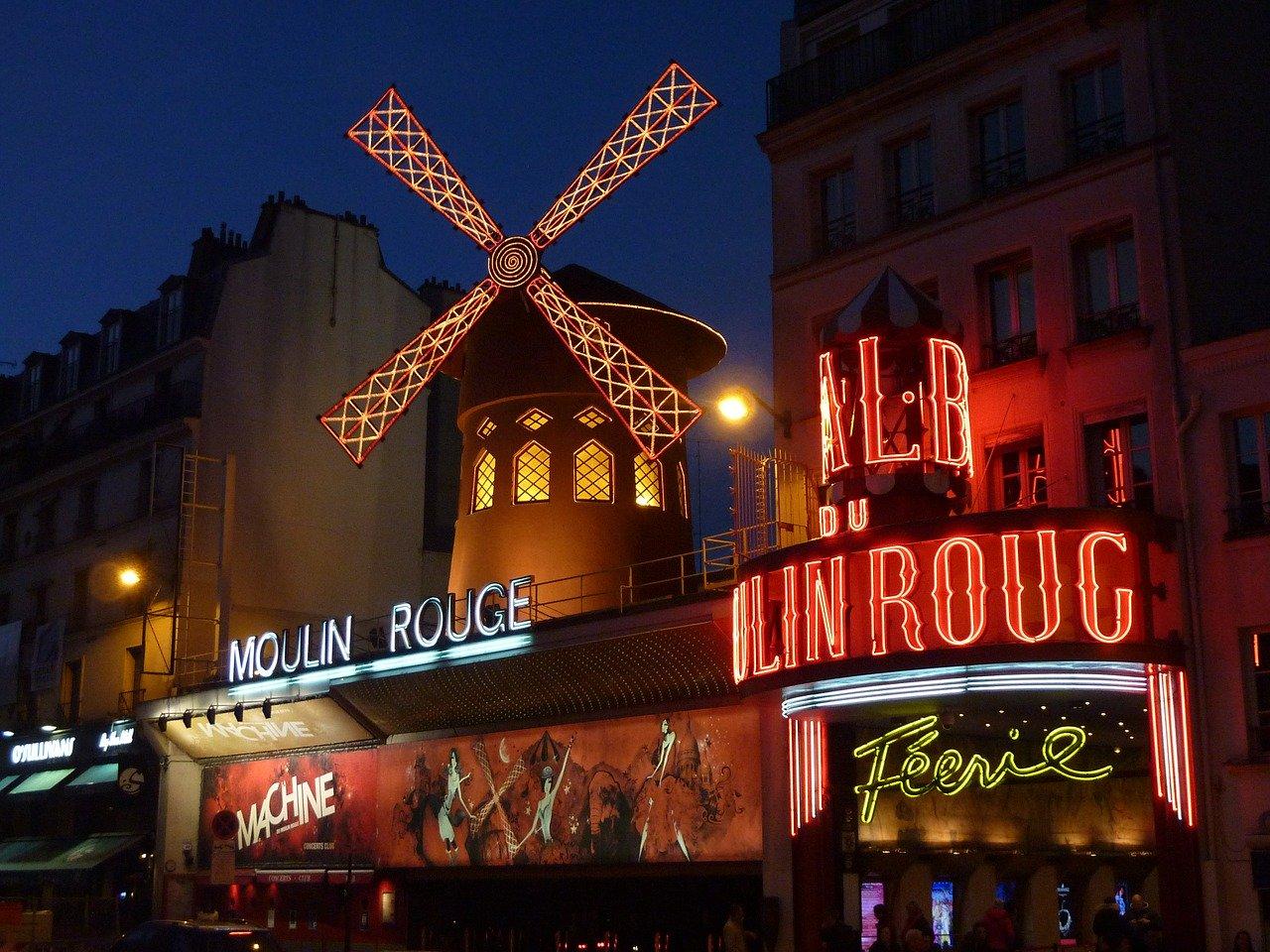 Comment s'imprégner de la vie nocturne parisienne pendant votre lune de miel ?